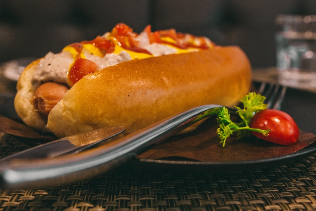 best-hot-dog-in-raleigh-south-lakes